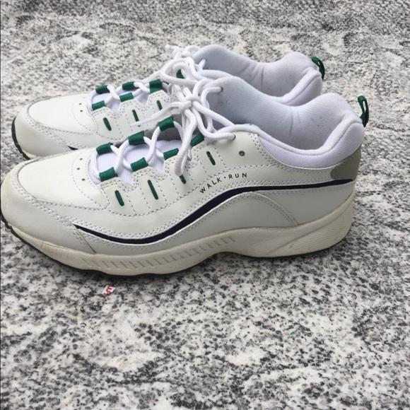 Walkrun Shoe Leather Upper Size7 Nwot